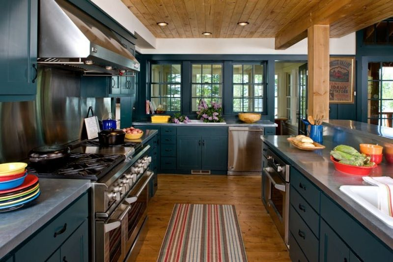 Pops of color kitchen designs
